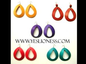 Yes Lioness earring Ad fw